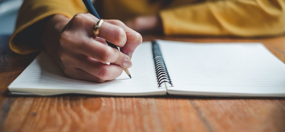 Viết bài writing sử dụng In terms of